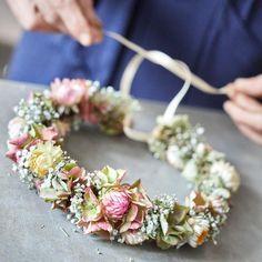 Dekorieren: Einen Blumenkranz binden