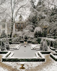 Winter Landscape Front Yard Beautiful 46 Ideas For 2019 Snow Scenes, Winter Scenes, Formal Gardens, Outdoor Gardens, Parks, Covered Garden, Winter Beauty, Winter Landscape, Front Yard Landscaping