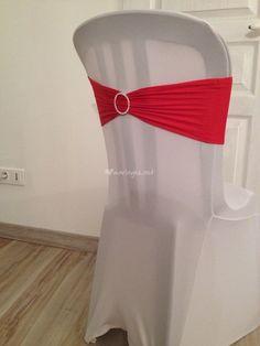 Décoration Mariage: Différents types de housses et nœuds de chaises