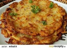 Bramborák or Czech Potato Pancakes Brambor?k or Czech Potato Pancakes Polish Potato Pancakes, Czech Recipes, Ethnic Recipes, Slovak Recipes, Sweet And Sour Cabbage, Prague Food, Shredded Potatoes, Dumpling Recipe, Strudel