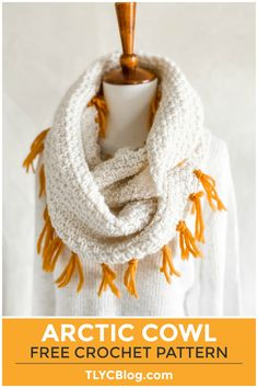 New to crochet? No problem! Make the Arctic Scarf & Cowl pattern using just two simple stitches. You get 2 projects out of this one pattern. Try this easy crochet scarf pattern today! | TLYCBlog.com Modern Crochet, Easy Crochet, Beginner Crochet, Unique Crochet, Crochet Ideas, Crochet Gratis, Free Crochet, Knitting Projects, Knitting Patterns