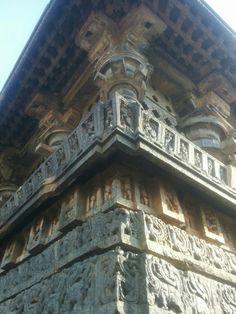 Beautiful detailed carving depicting figures, animal, war scenes etc at Halibedu temple.. Karnataka