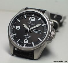 Besides Spring Drive, solar and mechanical watches, kinetic watches are also one of Seiko's clean energy watches. In a Kinetic watch, electricity is stored in a self-recharging battery that d… Casual Watches, Cool Watches, Watches For Men, Dream Watches, Fine Watches, Military Style Watches, Brown Leather Strap Watch, Hand Watch, Seiko Watches