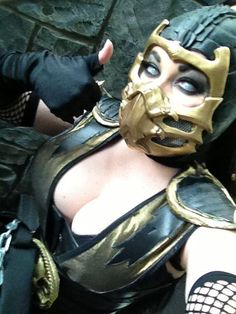 Lady Scorpion - Mortal Kombat cosplay by Bethany Maddock
