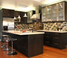 White granite kitchen countertops for modern kitchen with black cabinets Pictures 10x10 Kitchen, Wooden Kitchen, New Kitchen, Kitchen Decor, Kitchen Ideas, Kitchen Black, Cheap Kitchen, Kitchen Photos, Kitchen Colors