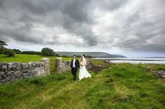 wow seriously..a wedding in Ireland? That's my dream place to go.