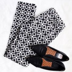 J. Crew • Tribal Print Pants Toothpick skinny jeans with black and white tribal print. Brand new without tags!  ❌No trades ❌No PayPal ❌No asking for the lowest price Jeans Skinny