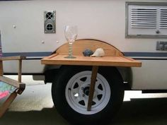 DIY Outdoor Table Fits Between Wheel Well And Tire On Casita Trailer – RV Mods – RV Guides – RV Tips   DoItYourselfRV