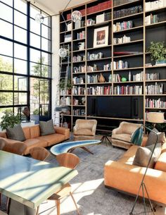 This New York penthouse is a definite example of exemplary contemporary design don't you think? New York Penthouse, New York Loft, Modern House Design, Modern Interior Design, Interior Architecture, Modern Interiors, Design Interiors, Interior Ideas, Home Library Design