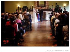 http://thomasbeaman.com/blog/wp-content/uploads/2011/01/wedding-leola-village2.jpg