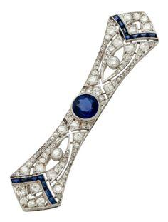 Vintage Jewellery, Antique Jewelry, Baguette, Cartier, Art Deco Artwork, Art Deco Era, Diamond Are A Girls Best Friend, Vintage Designs, 1920s