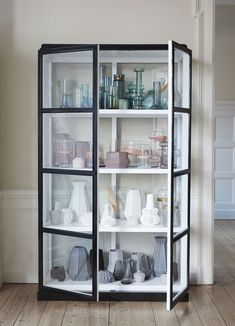 The most stunning timber display cabinet by Hubsch Interior. Picture it any any style living space or dining room. Show off your collectibles or display a few favourite pieces for a minimalist look.