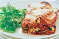 How do you cook roasted vegetable cannelloni bake? get instruction detail. Stuffed with veggies, this easy cannelloni bake is a great vegetarian dinner option for the whole family. Cookbook Recipes, Pasta Recipes, New Recipes, Baking Recipes, Vegetarian Recipes, Delicious Recipes, Recipies, Baked Pasta Dishes, World Recipes