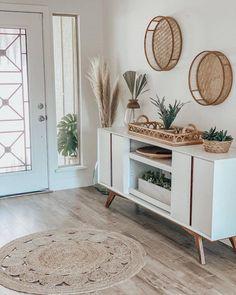Living Room Storage, Living Room Decor, Bedroom Decor, Flur Design, Design Design, Hygge Home, Cozy House, Cheap Home Decor, Entryway Decor