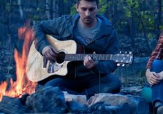 Ten Easy Acoustic Guitar Campfire Sing-Along Songs