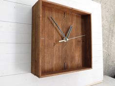 "Praf IV, minimal wall clock 21x21cm (9x9"") silent wooden square hanging clock wood office home decor silent no ticking mechanism, Paladim"