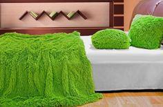 luxusne-chlpate-deky-a-prehozy-syto-zelenej-farby