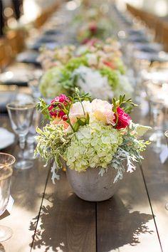 floral centerpieces #centerpieces #wedding @weddingchicks
