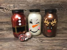 Snowman mason jar Santa Claus mason jar Reindeer mason jar Glitter mason jar Christmas decor let it snow cute Christmas decor Christmas Projects, Holiday Crafts, Christmas Crafts, Christmas Themes, Christmas Decorations, Snowman Decorations, Christmas Ornaments, Pot Mason Diy, Mason Jar Crafts