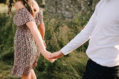 6 Reasons To Have An Engagement Shoot – Wedding Day Schedule, Wedding Planning, Couples Walking, Countryside Wedding, Photography Portfolio, Wedding Website, Engagement Shoots, Professional Photographer, Your Photos
