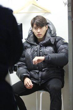 """""""굿바이, Zinu"""" 현빈님께서 로그아웃 하셨습니다. (가지마..엉엉 T.T) : 네이버 포스트 Asian Actors, Korean Actors, Korean Dramas, Keanu Reeves Quotes, Kang Haneul, Soul Songs, Joo Won, Hyun Bin, Kdrama Actors"""