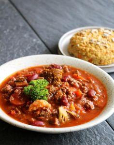 A Food, Food And Drink, Norwegian Food, Cafe Menu, Stew, Chili, Nom Nom, Eat, Recipes