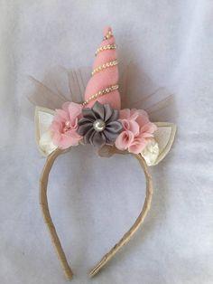 Bridal unicorn headband Unicorn Headband, Diy Headband, Headbands, Unicorn Bedroom Decor, First Birthday Decorations, Operation Christmas Child, Ribbon Art, Unicorn Party, Sewing For Kids