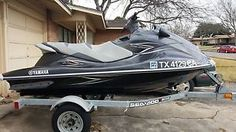 yamaha vx deluxe - Categoria: Avisos Clasificados Gratis Item Condition: UsedThis watercraft is in like new condition Watercraft has been selfmaintained since day one, including regular oil changes and winterization Includes trailer and 4 life vestsPrice: US 6,500.00See Details