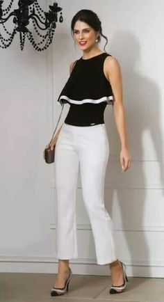 Black top and white pants 👖 ❤️👍 Date Outfits, Spring Outfits, Blouse Styles, Blouse Designs, Merian, Love Fashion, Womens Fashion, Black White Fashion, Mode Hijab
