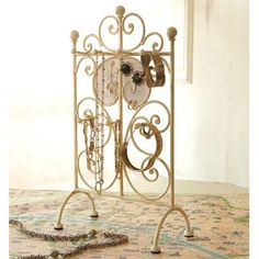 Fresh Jewelry Information, Facts And Fashion Jewelry Stand, Jewelry Holder, Closet Organization, Jewelry Organization, Iron Accessories, Dream Bedroom, Projects To Try, Jewels, Clutter