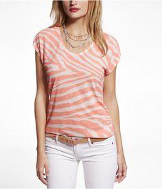 Express Womens Zebra Print Shirttail Hem Graphic Tee Orange, Medium