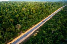 Acesso à Rodovia Belém-Brasília, no município de #Paragominas, no Pará: http://abr.io/5uGi