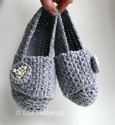Crochet Patterns, crochet slipper pattern, shoe pattern, by Luz Patterns #crochetpattern #crochet pattern