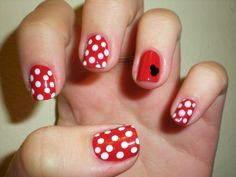 simple Minnie Mouse pattern