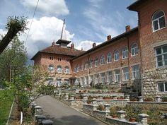 Manastirea Sf. Ilie de la Izvor Sf, Romania, Mansions, House Styles, Home Decor, Mansion Houses, Homemade Home Decor, Manor Houses, Fancy Houses