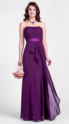 Bridesmaid Dresses: I don't like the sash, but I like everything else.