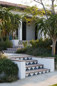 Spanish style – Mediterranean Home Decor Luxury Mediterranean Homes, Mediterranean Decor, Mediterranean Architecture, Outdoor Stairs, Outdoor Tiles, Outdoor Decor, Spanish Style Homes, Spanish House, Spanish Revival
