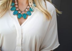 Love this layered necklace look with teal and blush!!