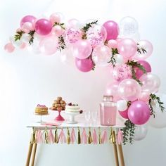 Create a unique balloon display for your girl baby shower with the Metallic Gold & Pink Oh Baby Girl Balloon Arch Kit! This balloon kit includes a tassel banner, a heart string backdrop, and a balloon arch with pink latex balloons. Balloon Arch Diy, Ballon Arch, Balloon Display, Balloon Garland, Balloon Decorations, Birthday Decorations, Arch Decoration, Birthday Bunting, Tassel Garland