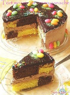 » Tort mozaic cu crema ganacheCulorile din Farfurie