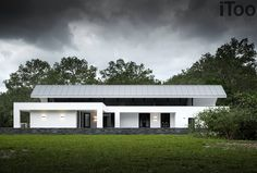 House by Zwolle - Maas Architects Architecture Durable, Modern Architecture House, Residential Architecture, Architecture Design, Modern Barn House, Modern House Design, Tamizo Architects, Espace Design, Bungalow House Design