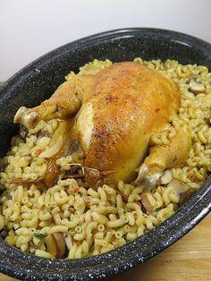 Poulet farci aux coquillettes et au foie gras 25 volaille recettes de fetes 3 theme