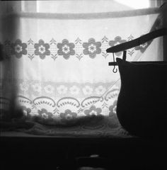 Curtain with felt bag (Yashica MAT 124g, Fortepan 100)