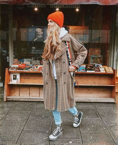 Coat casual Coat casual Best Ideas For Sneakers Wedge Outfit Jackets Winternägel, OOTD Outfits Hipster Doc Martens - Dr Martens with leggings is KEWL. Winter Fashion Outfits, Fall Winter Outfits, Look Fashion, Autumn Winter Fashion, Womens Fashion, Fall Fashion, Mode Outfits, Casual Outfits, Converse Outfits