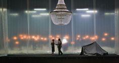 Dispositif de l'acte I (avec la tente) ©Wilfried Hösl