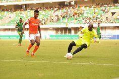 NPFL: Akwa United Ends Plateaus Unbeaten Run    BY MONICA IHEAKAM Akwa United dented the pride of league leader Plateau United in an inspiring turn around of fortunes following its 2-1 drubbing of Plateau in the match-day eight fixtures at the Godswill Akpabio International Stadium  Uyo on Sunday. New signing from Enyimba Christian Pyagbara set the hosts on the road for the win with his second goal of the season when he opened scoring in the 6th minute while Alhassan Ibrahim doubled the lead…