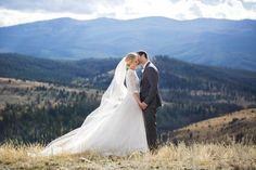 Can you feel the love from this bride and groom?   www.christianOthStudio.com