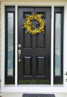 25 ideas black front door entryway house numbers for 2019 Black Entry Doors, Front Door Entryway, House Front Door, Front Door Decor, Front Entry, Front Porch, Front Door Design, Front Door Colors, Exterior Doors With Sidelights