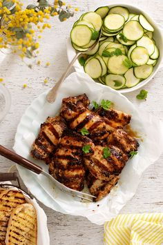 Italian Dressing Chicken Marinade Italian Marinated Grilled Chicken with Zucchini – using a marinade that doubles as a dressing is a nifty way to make midweek meals even faster! Italian Dressing Chicken Marinade, Italian Marinated Chicken, Mexican Chicken Salads, Marinated Grilled Chicken, Italian Chicken, Grilled Chicken Recipes, Chicken Dressing, Enchiladas Potosinas, Zucchini Salad