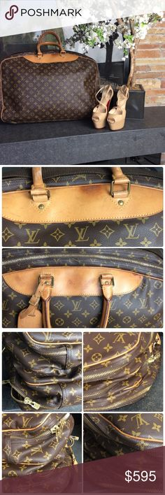 🆕LV Alize 3 Pocket Travel Bag 💯% Authentic LV Alize Travel Bag. This is the 3 pocket, harder to find then the 2 pocket. In excellent used shape for the age. Any wear is pictured. There are two zipper pulls on each pocket. Zipper works great if you use the same pull each time. The second zipper pull can be slightly stiff. Will get better with use. I've only used this a handful of times. Date code:VI0951. Made in France. Approx  24' x 16' x 7. Included luggage tag, handle strap and shoulder…